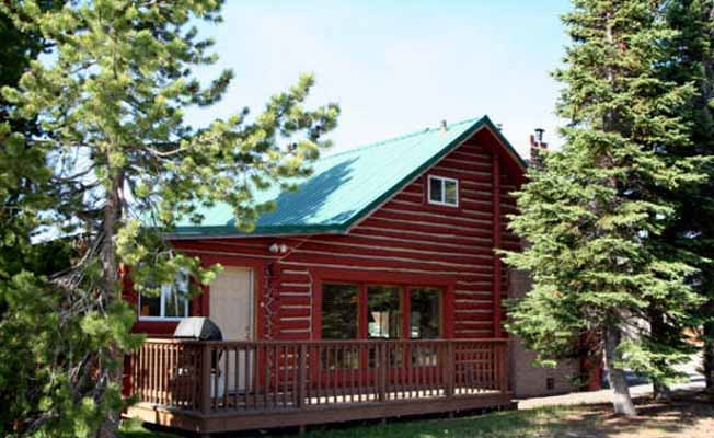 Cabins West Lodging profile image
