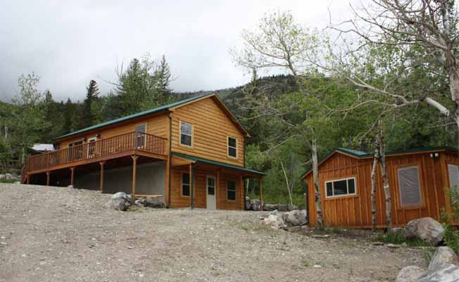 Mountainside Cabins - Gil's & Cubby profile image