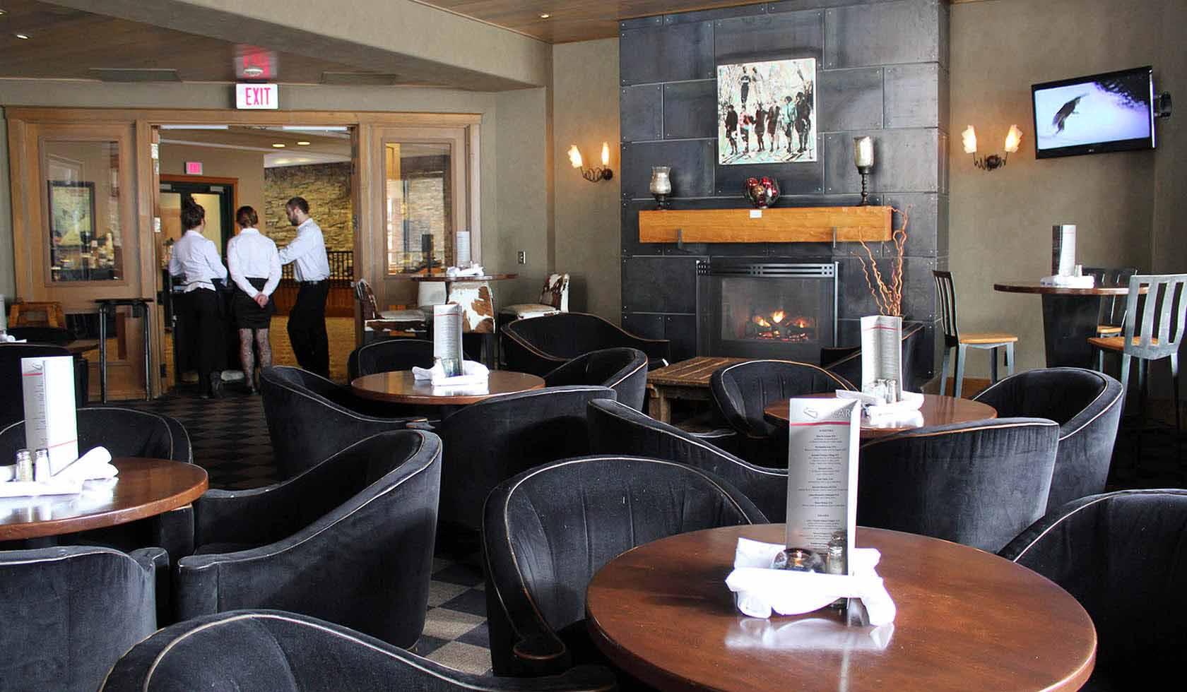 Peaks Restaurant & Carabiner Lounge profile image