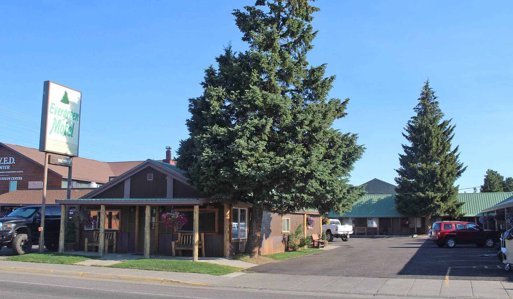Evergreen Motel profile image