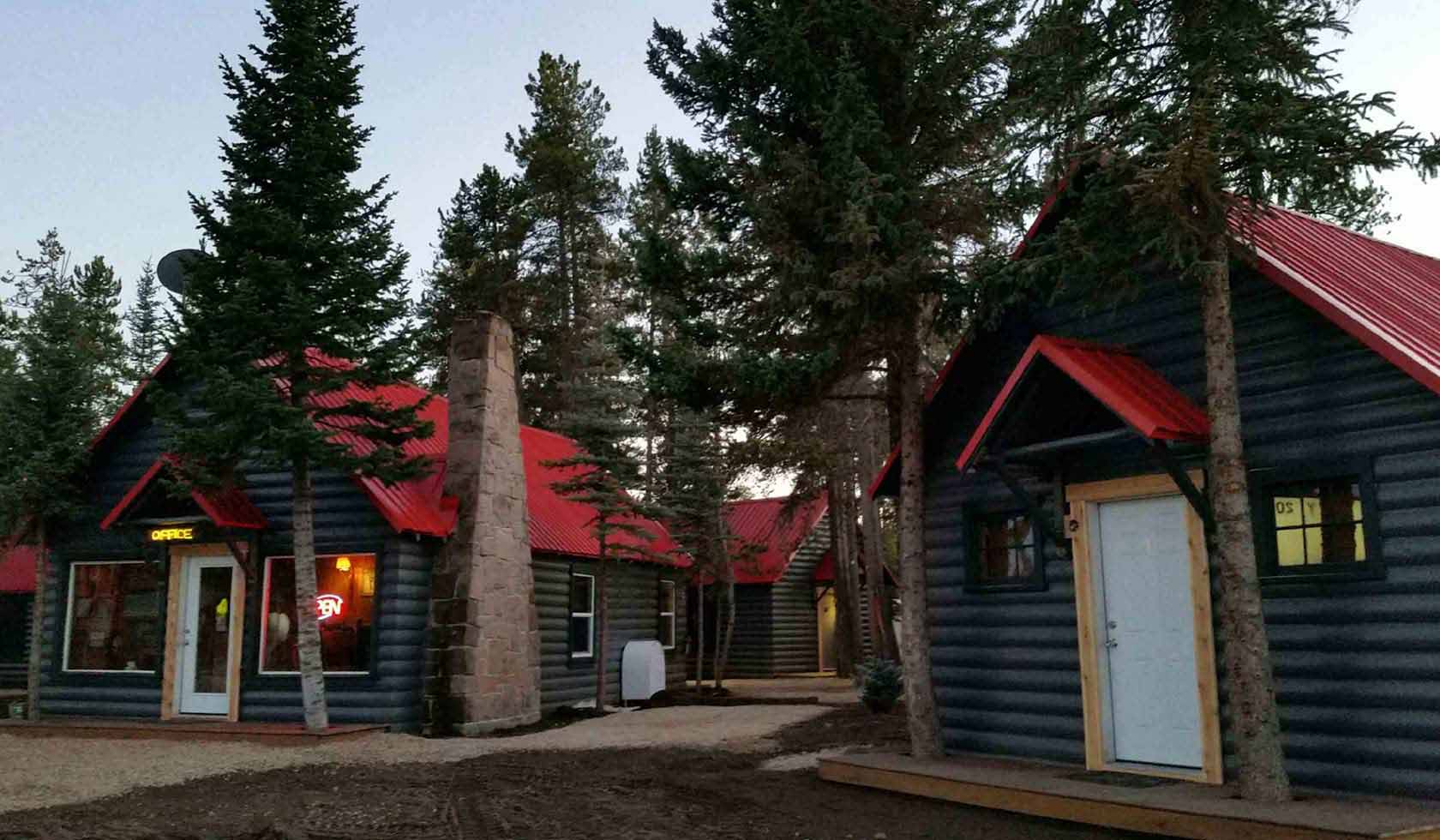 Yellowstone Cabins and RV profile image
